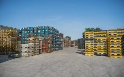 Stackable Containers For Storage & Transportation Efficiency