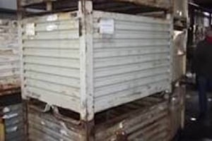 53 x 42 x 38 metal tub container