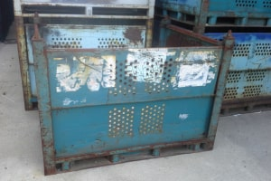 54 x 44 x 39 metal container